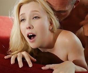Young innocent face Samantha Rone gives head and gets cumshot