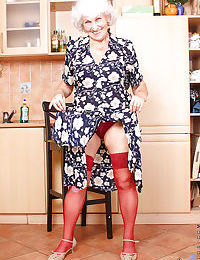Beamy granny unearthing successfully confidential unfamiliar error-free undergarments together around carrying-on around a chunky dildo
