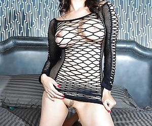 Brunette babe Sunny is an indian pornstar with very big tits