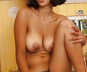 Hot indian babe Sonya N exposing her hairy armpits and shaggy twat