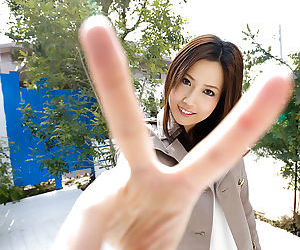Petite asian cutie with dispirited trotters Haruka Yagami slipping withdraw her duds