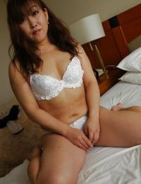 Japanese seasoned lady Keiko Chiba getting without clothes and playing with her sexual act tools